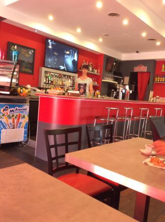 le bang coffee juan les pins restaurant avis num ro de t l phone photos tripadvisor. Black Bedroom Furniture Sets. Home Design Ideas
