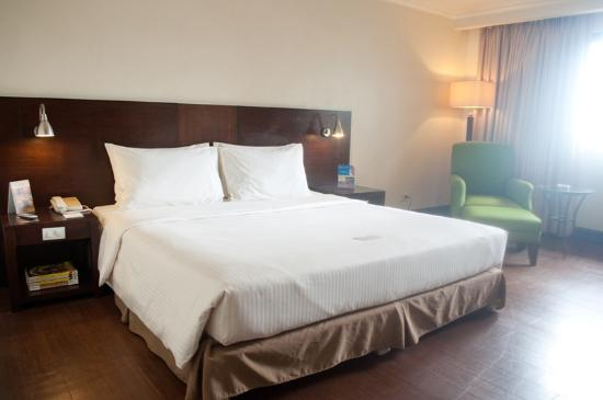 Photo of Pearl Garden Hotel Manila