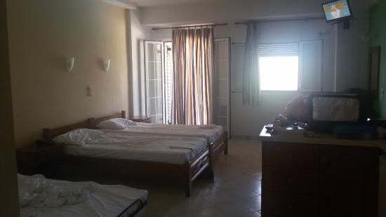 Aiolos Hotel Apartments: Δωμάτιο