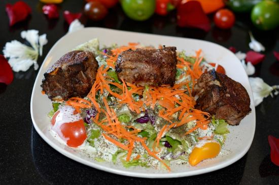 Family style kabobs picture of aryana afghan cuisine for Afghan kabob cuisine