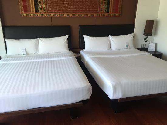Mantra Resort: twin beds เตียงกว้างมาก