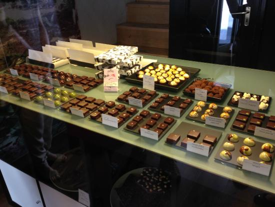Taste Hungary: Stopping for chocolate at Rózsavölgyi Csokoládé-some of the best chocolate I've ever had!