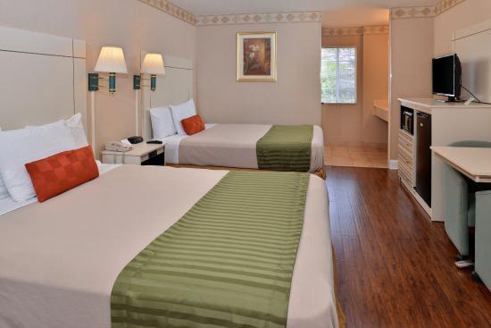 Сан-Клементе, Калифорния: Two Queen Bed Guest Room