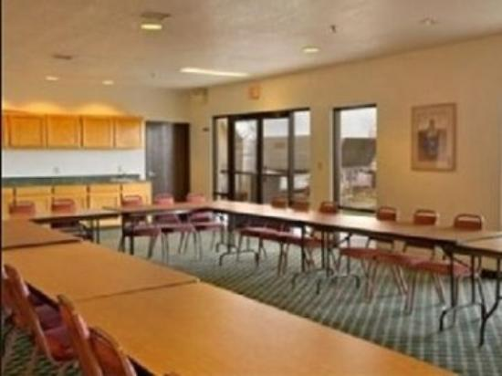 Saint Michaels, AZ: Meeting Room