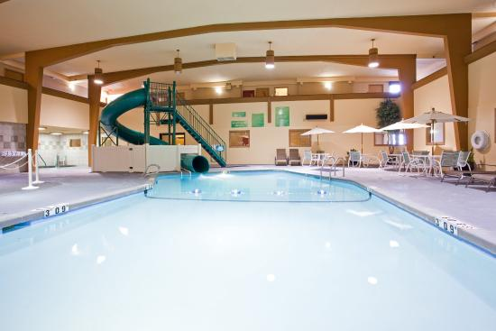 Meeting space has wireless internet to make your meetings - Holiday inn hotels with swimming pool ...