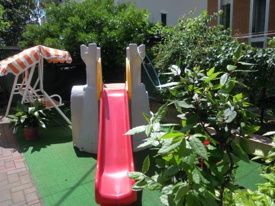 Hotel Solidea: area giochi bimbi