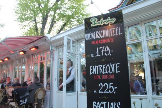 Restaurant Paafuglen, Tivoli: Entrance