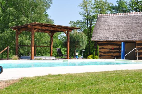 La Maison du Lac : piscine spa sauna