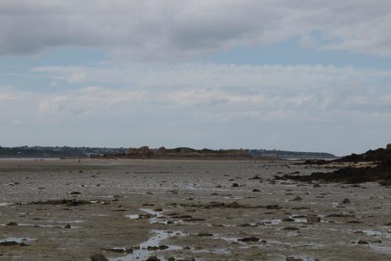 St Jacut Beaches : Plage des Haas marée basse