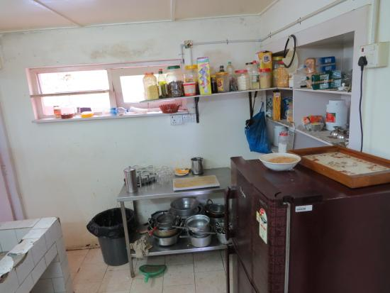 Messy & Dirty Kitchen @ Tea Nest Annexe - Picture of Teanest ...