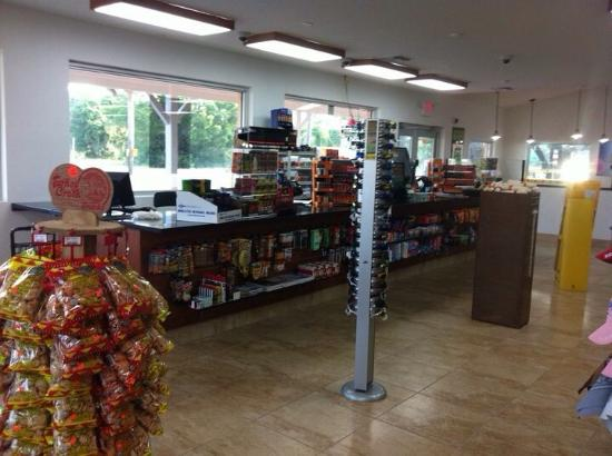 Inglis, FL: Bobbalu's Subs & Sandwiches