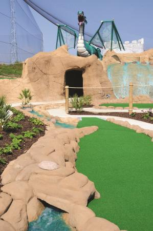 ‪Dragon Quest Adventure Golf‬