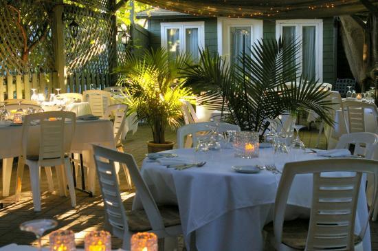 Restaurant Chez Noeser: Jardin Noeser-