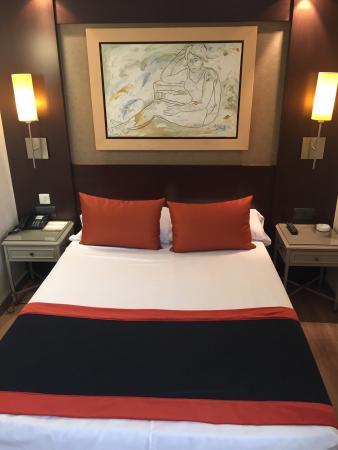 Catalonia Mikado Hotel: La habitación