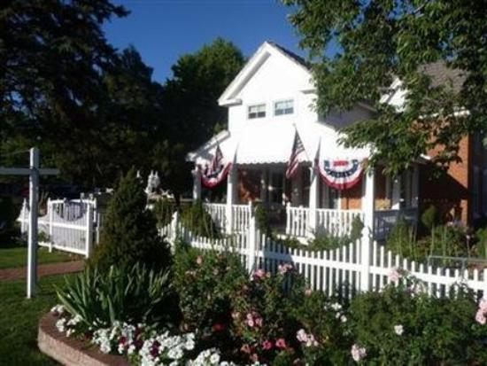Photo of Heritage Inn Bed And Breakfast Snowflake