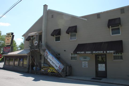 901 Pub