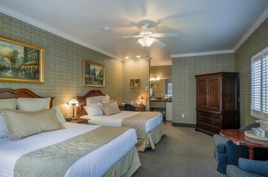 Grass Valley, CA: Queen/Queen Room