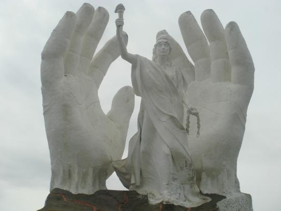 Concepcion del Uruguay, Argentinien: El monumento - Libertad