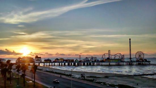 sunrise over the galveston pleasure pier as seen from our. Black Bedroom Furniture Sets. Home Design Ideas