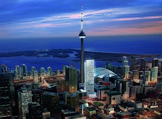 The Ritz-Carlton, Toronto : CN Tower & Lake View
