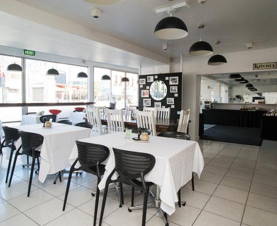 Cosmopolitan Hotel St Kilda Review