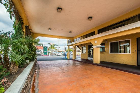 Econo Lodge Inn Amp Suites El Cajon San Diego East Ca Motel Reviews Tripadvisor