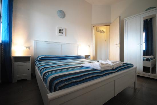 Holiday residence rifugio orosei italie voir les for Appart hotel 08028