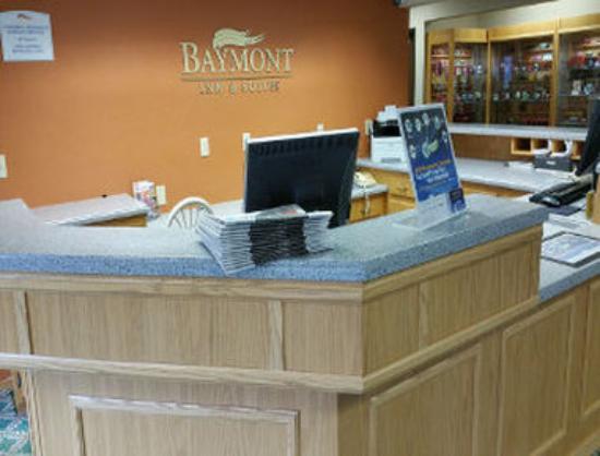 Baymont Inn & Suites Midland: Lobby