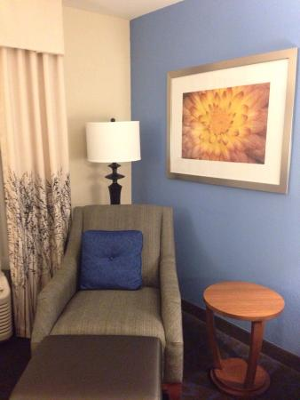 Holiday Inn Express & Suites Terre Haute: photo3.jpg