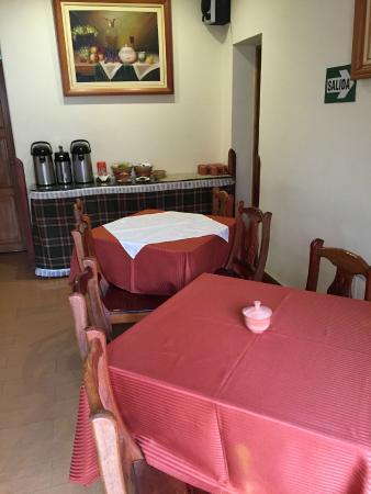 Midori Hotel: Dining area