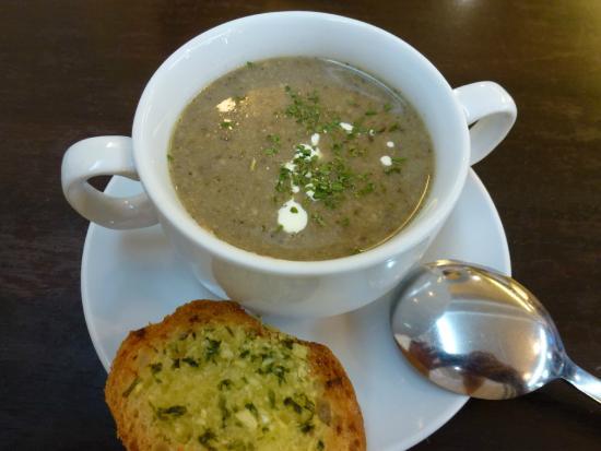 foodlover cafe mushroom soup