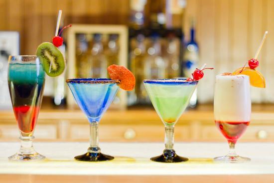 Andanza : Blue Bar / Bar Azul