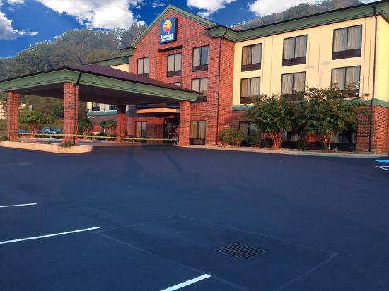 Comfort Inn & Suites Rogersville: Comfort Inn & Suites at Rogesville, TN