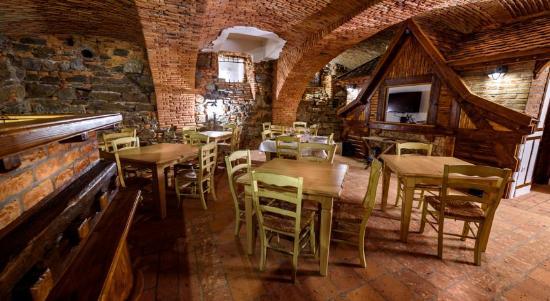 slovenian house vida wine cellar restaurant picture of slovenian rh tripadvisor com