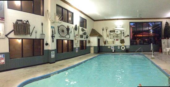 Super 8 Houghton Lake : Great sleep and pool fun!