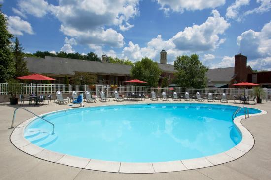 Ohio University Inn & Conference Center : Pool