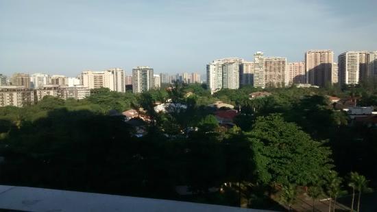 Transamerica Prime Barra: Vista do apartamento na frente do hotel