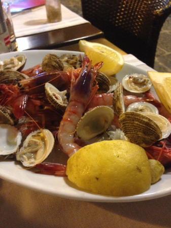 DiVino Wine Bar: Crudo di pesce
