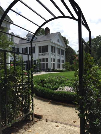 Duke Mansion Bed and Breakfast: photo5.jpg