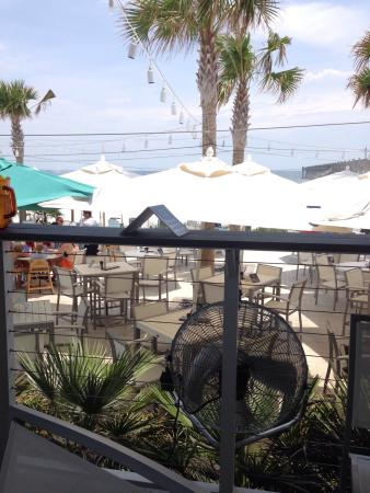 casino beach bar hours