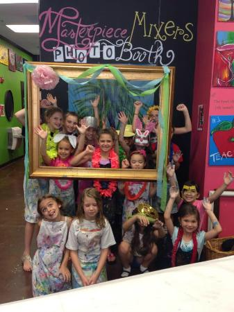 Masterpiece Mixers Paint & Party Studio: Photo Booth