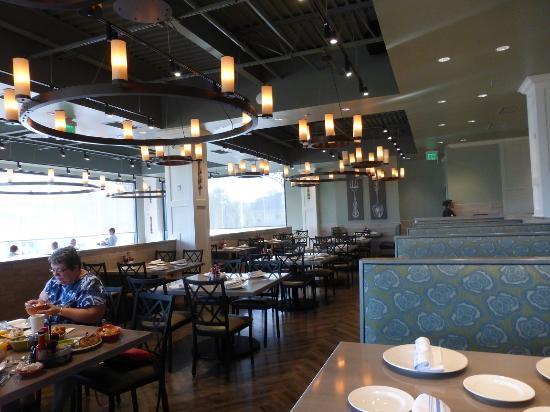 Paula Deen Restaurant Reviews
