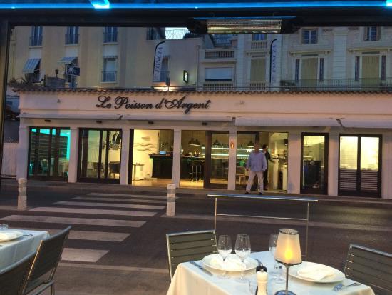 Le Poisson D Argent Restaurant