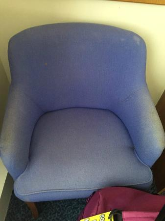 Altrincham Lodge: Horrid chair