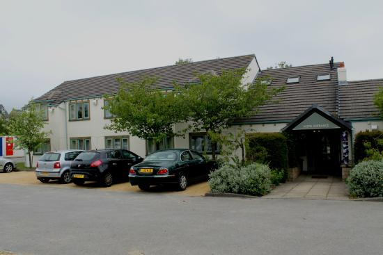 Ingbirchworth, UK: Fountain Hotel