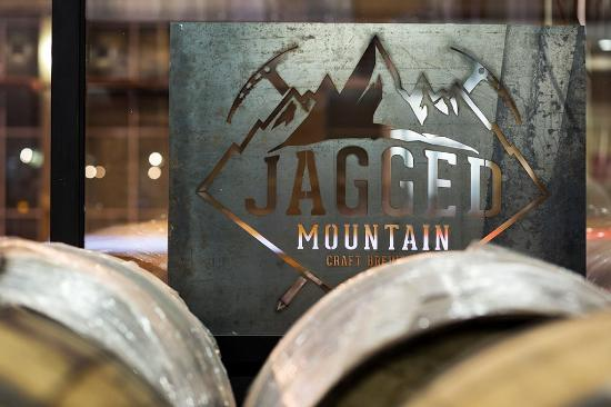 ‪Jagged Mountain Craft Brewery‬