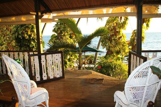 Hotel Gerard et Francine: le salon terrasse