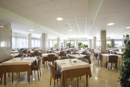 Hotel Svezia & Scandinavia: sala ristorante