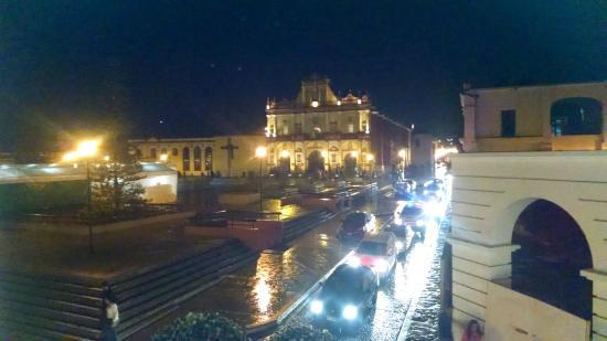 Plaza Gallery Hotel & Boutique: Desde el balcón