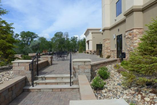 Hampton Inn & Suites Buffalo: This beautiful -- and large! -- patio is on the south end of the building